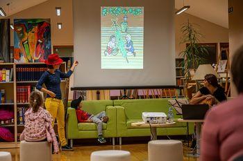 Pravljična ura o Frčafeli in hmelju v preboldski knjižnici