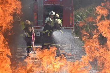 Rekordnih 27 otrok na Noči z gasilci