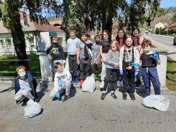Dan Zemlje z učenci 5. razreda OŠ Krmelj