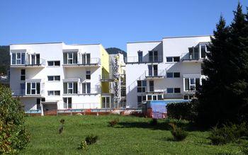 Prve stanovanja vseljiva do  konec leta