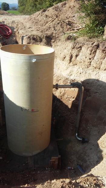 V Iški vasi in Tomišlju  je potekala gradnja kanalizacije