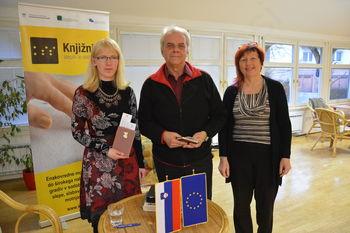 Slepi in slabovidni v Knjižnici na Bledu predstavili Svet drugačnih občutenj