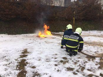 Trideset pripravnikov uspešno zaključilo začetni tečaj za gasilca