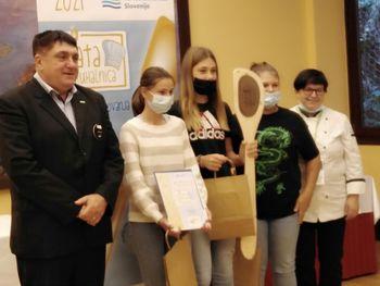 Učenke OŠ Sava Kladnika Sevnica zlate na državnem tekmovanju za zlato kuhalnico