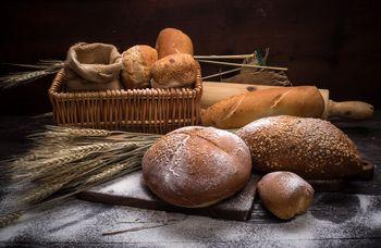 """Delavnica """"Kruh z drožmi - oblikovanje krušnega peciva"""""""