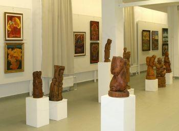 Predstavitve dosežkov v Galeriji likovnih samorastnikov