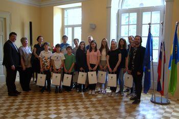 Županov sprejem najboljših učencev osnovne in glasbene šole