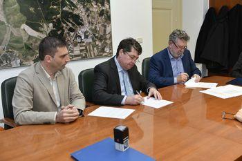 Podpis pogodbe o ustanovitvi odkupne pravice za objekte Športnega centra Hit
