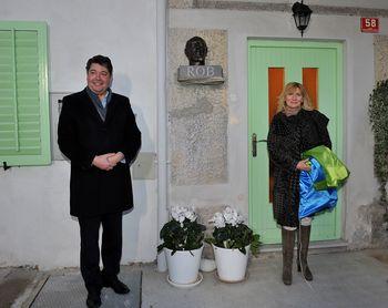 Z odkritjem kipa pesniku in pisatelju Ivanu Robu obeležili slovenski kulturni praznik
