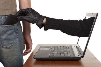 Tudi spletni goljufi izkoriščajo razmere, nastale zarad koronavirusa