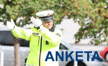 Vabilo k sodelovanju v anketi o zadovoljstvu z delom slovenske policije