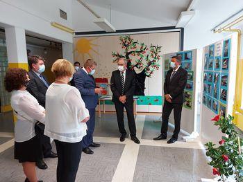 Predsednik Pahor s predsednikom Švicarske konfederacije Guyem Parmelinom na obisku v Vrtojbi
