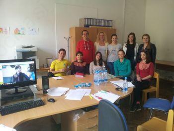 Sodelovanje študentov Fakultete za logistiko iz Krškega na projektih »Po kreativni poti do praktičnega znanja«
