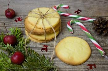 Ideja za praznično jed: Masleni limonini piškoti