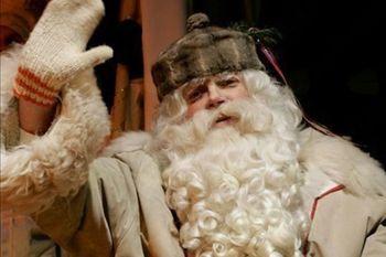Dedek Mraz vabi na delovno akcijo sestavljanja daril