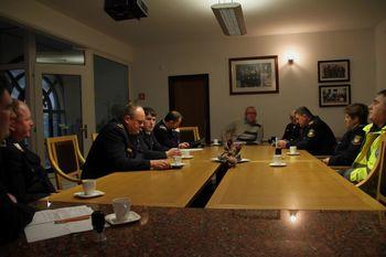 Župan z gasilci podpisal pogodbo in aneks