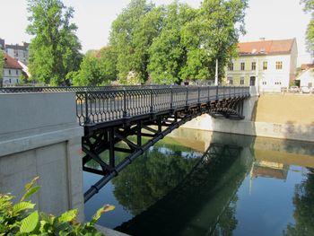 Brezplačna vodstva po Ljubljani ob mednarodnem dnevu turističnih vodnikov
