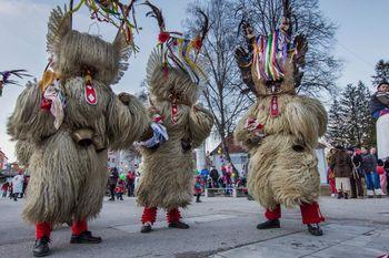 Zima POZOR - bliža se 64. pustni karneval v Mežici