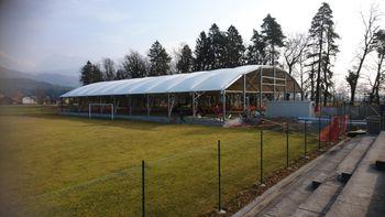 Izgradnja športnega objekta v Nogometnem centru Velesovo poteka po terminskem planu