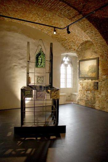 Pokrajinski muzej Celje: Javno vodstvo po razstavi Grofje Celjski