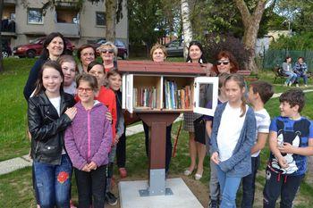 Odprtje društvene knjižnice in izmenjevalnice knjig