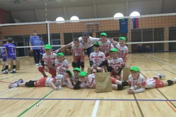 Fantje v mini odbojki državni prvaki, dekletom še bron in srebro