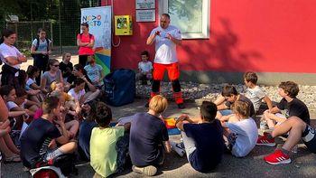 Defibrilator odslej tudi na Mestnih njivah, v Regrči vasi in na Malem Podljubnu