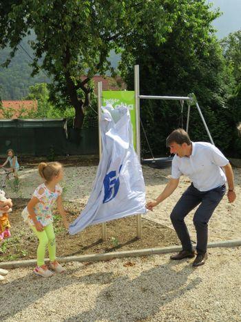Otroško igrišče Katja predano svojemu namenu