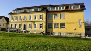Razpisano delovno mesto za ravnatelja Osnovne šole Šmihel
