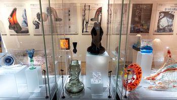 Odprtje razstave Umetniki stekla