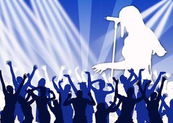 """Javni poziv za zbiranje prijav za oddajo stojnic v najem v okviru prireditve """"Veseli december"""""""