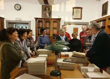 Ogled zbirke rokopisov, redkih in starih tiskov