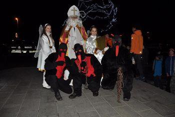Obisk svetega Miklavža v Žireh