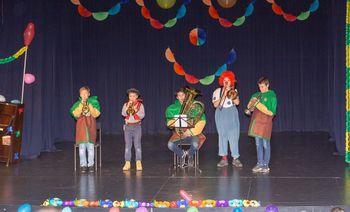 Pustni nastop učencev Glasbene šole Škofja Loka, oddelek Žiri