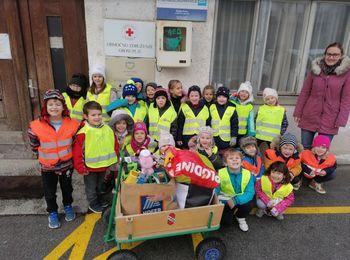 Otroci za otroke - dobrodelno zbiranje igrač v VVZ Kekec Grosuplje