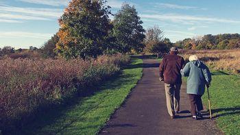 Pomoč osebam z demenco