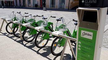 Znova možna izposoja koles, po prvomajskih praznikih plačljiva parkirnina