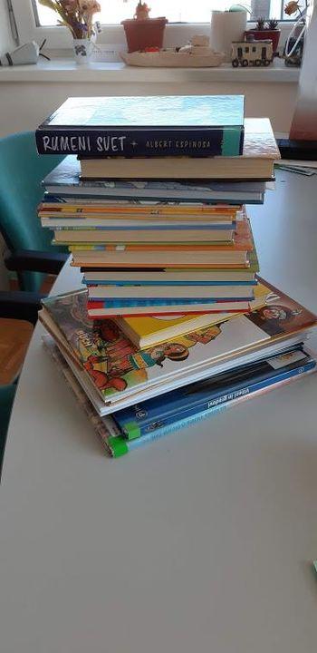 Knjižnica Mokronog: Kako po novem po knjigo v knjižnico? Kaj moram vedeti?