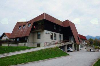 Pričetek prenove prostorov v prvem nadstropju Zdravstvene postaje Žiri