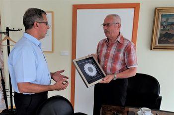 Zahvala g. Imperlu za pomoč pri domu starejših občanov