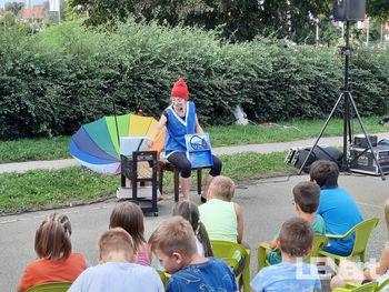 Predstava za otroke: Osamljen kameleon Ludvik
