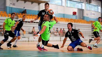 Moški rokometni klub KRKA na mednarodnem turnirju pometel s konkurenco