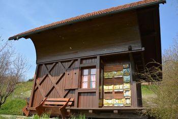 Dva javna razpisa za čebelarje v skupni vrednosti 163.000 evrov