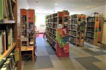 Krajevna knjižnica Žiri spet odprta po rednem urniku