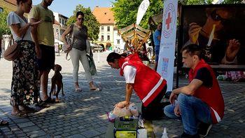 Svetovni dan prve pomoči obeležili tudi na Glavnem trgu