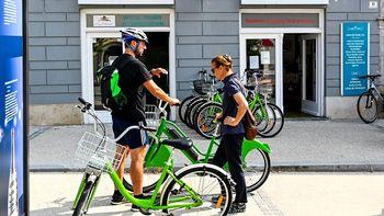 Kolesarski izlet za starejše s kolesi GoNm