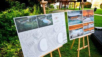 Na ogled postavljene idejne rešitve bazenskega kompleksa v Češči vasi