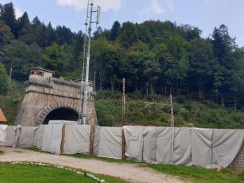 Krajanom Hrušice predstavili potek obnove železniškega predora