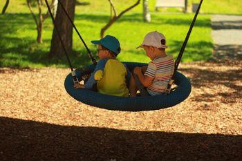 Obvestilo: Uporaba otroškega igrišča v mestnem parku dr. Jožeta Pučnika