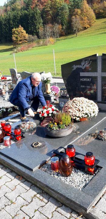 Župan obiskal grob častnega občana občine Nazarje